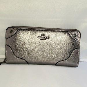 Coach accordion wallet clutch
